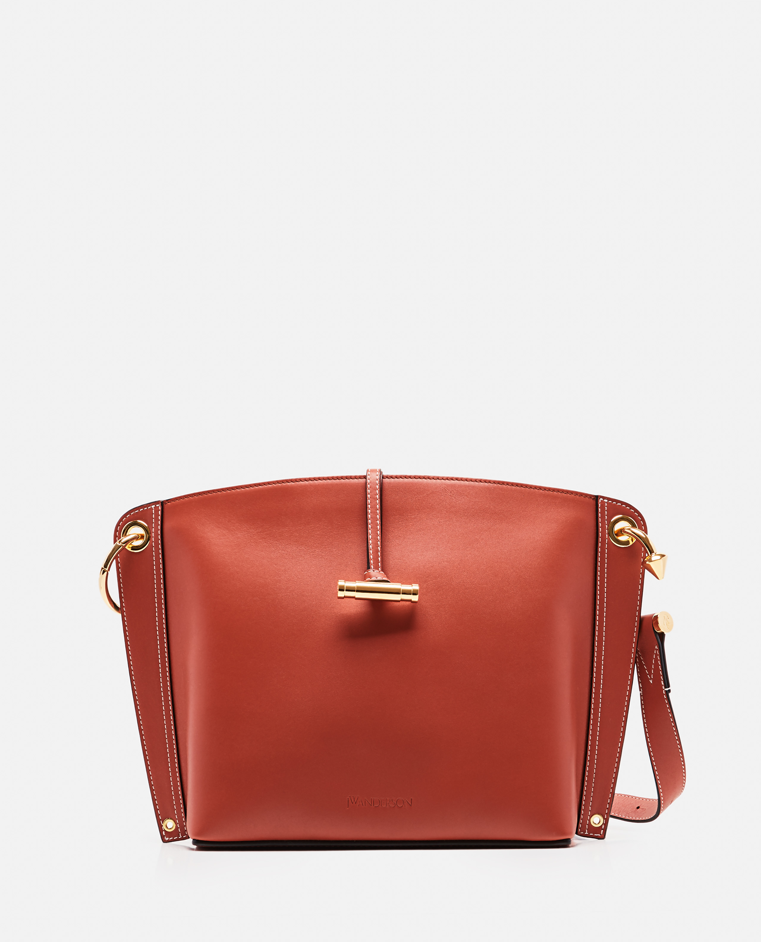 Disc leather shoulder bag