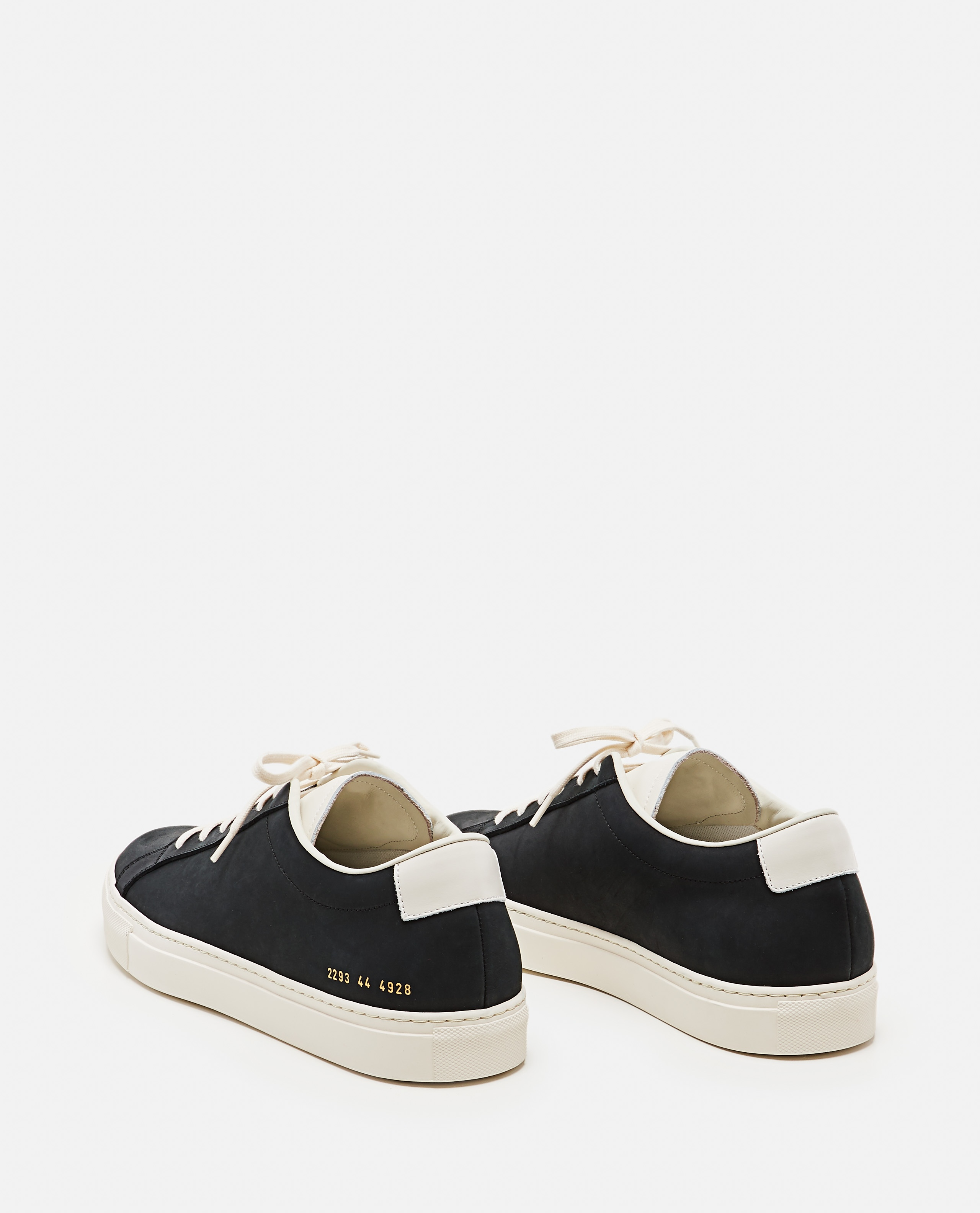 Sneakers Achilles Low in pelle nabuk Uomo Common Projects 000305520044801 3
