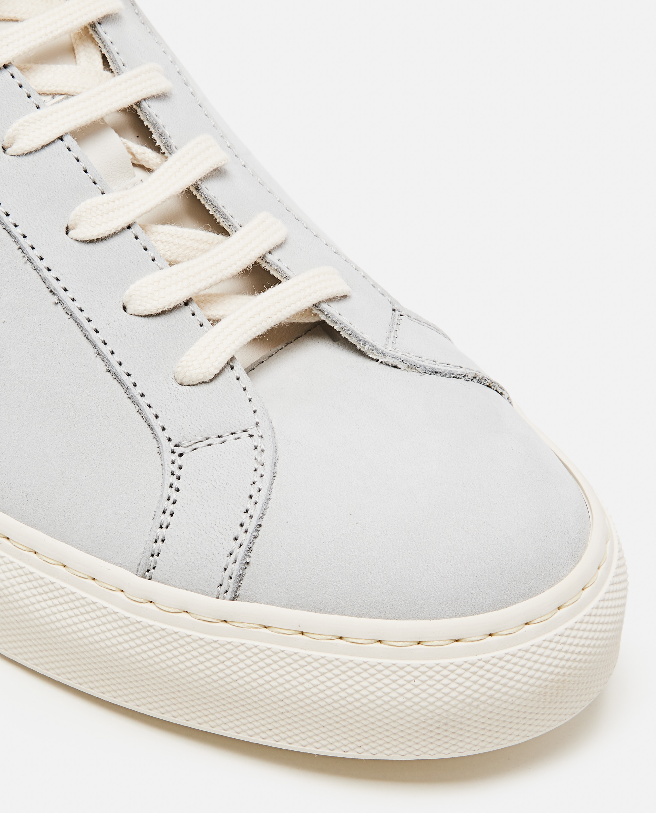 Sneakers Achilles Low in pelle nabuk Uomo Common Projects 000305520044800 4