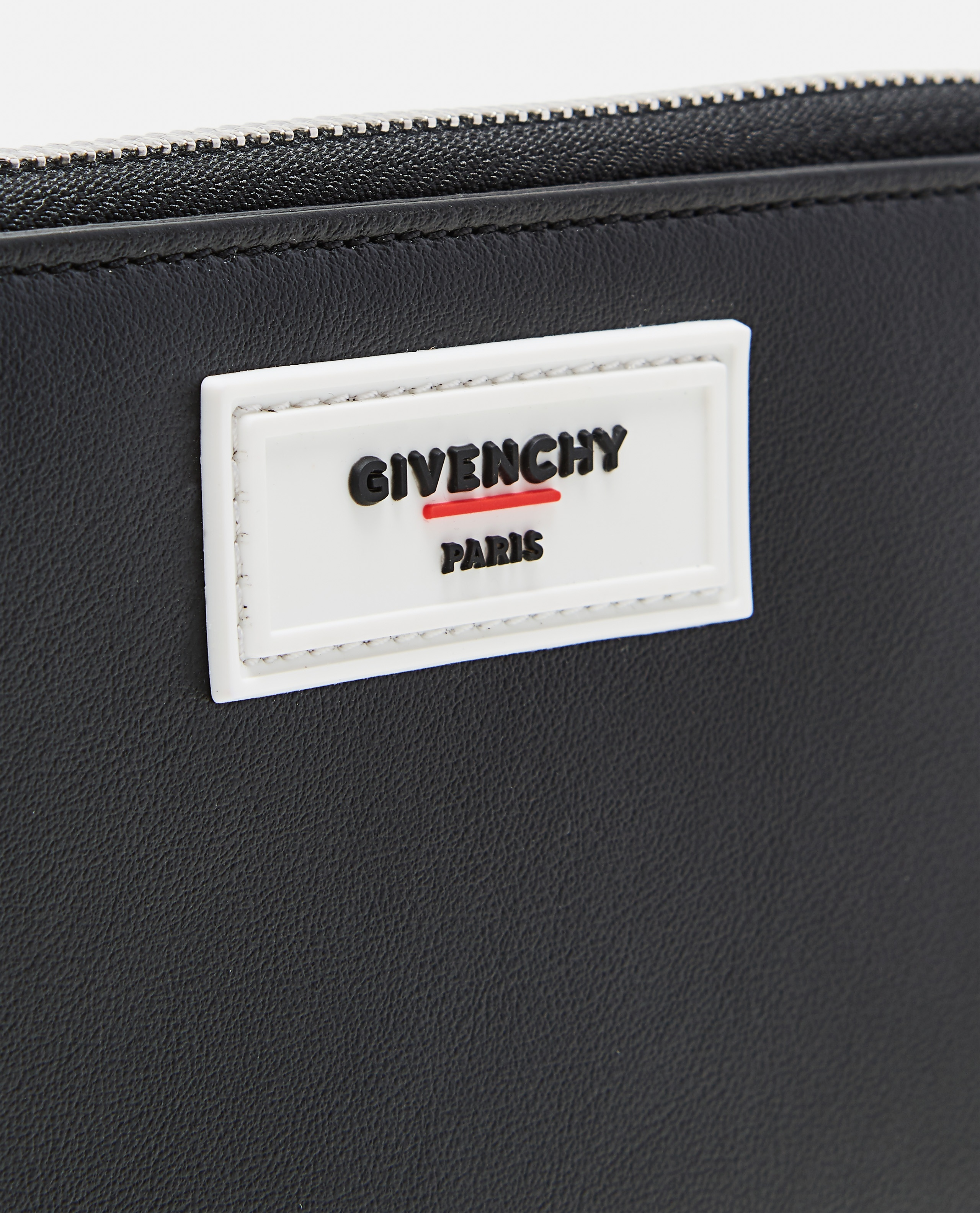 Black smooth leather wallet Men Givenchy 000226150033447 3