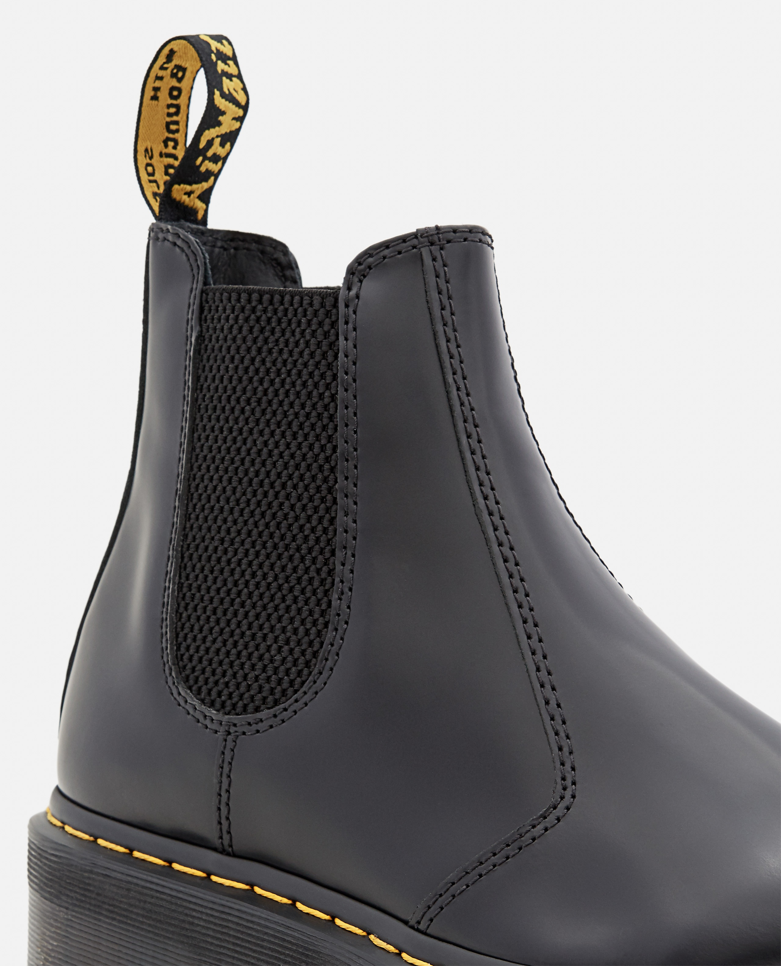 2976 QUAD POLISHED SMOOTH LEATHER CHELSEA BOOTS Women Dr. Martens 000356240051848 4