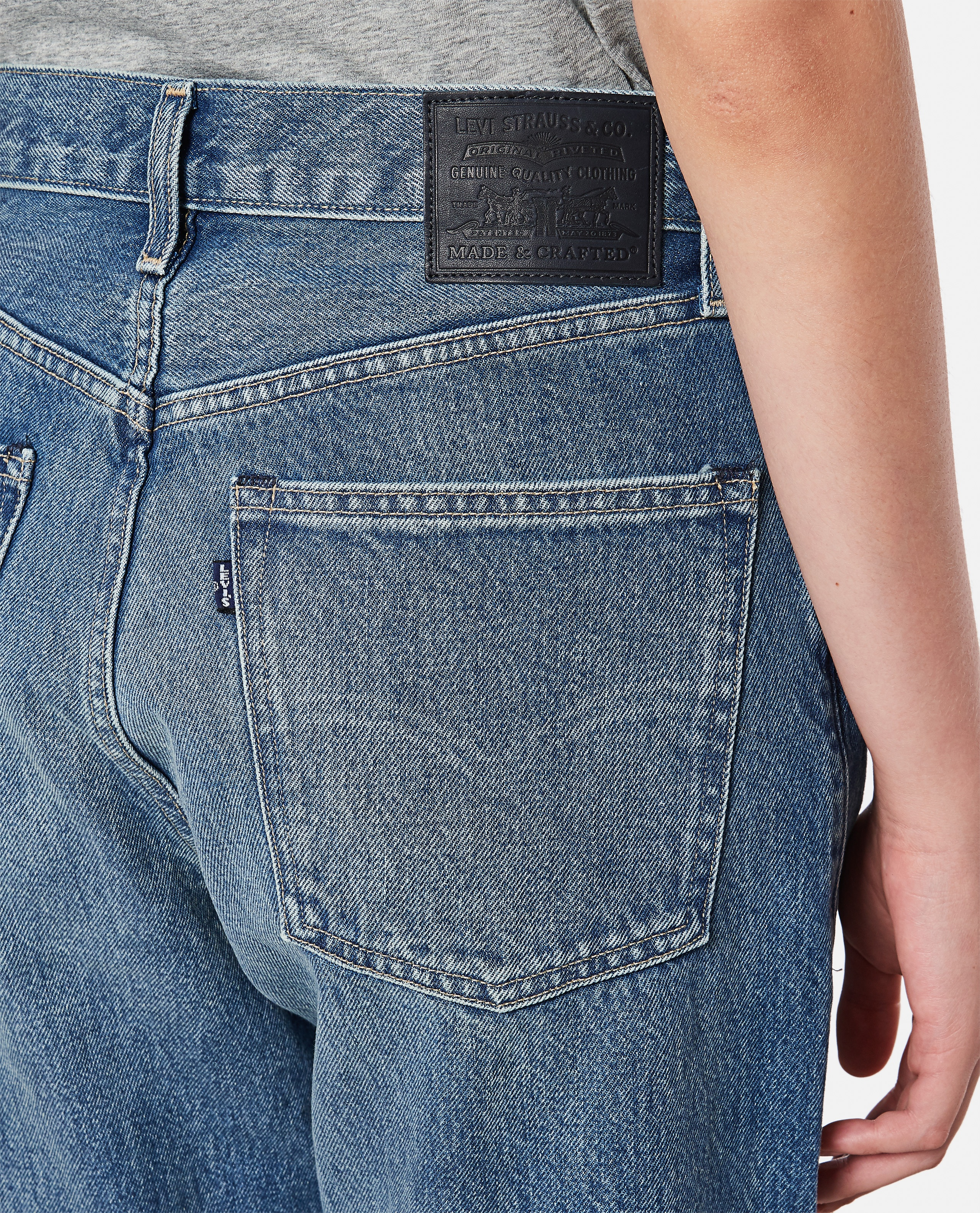 LEVI'S® MADE & CRAFTED® THE COLUMN JEANS Women Levi Strauss & Co. 000352890051347 4