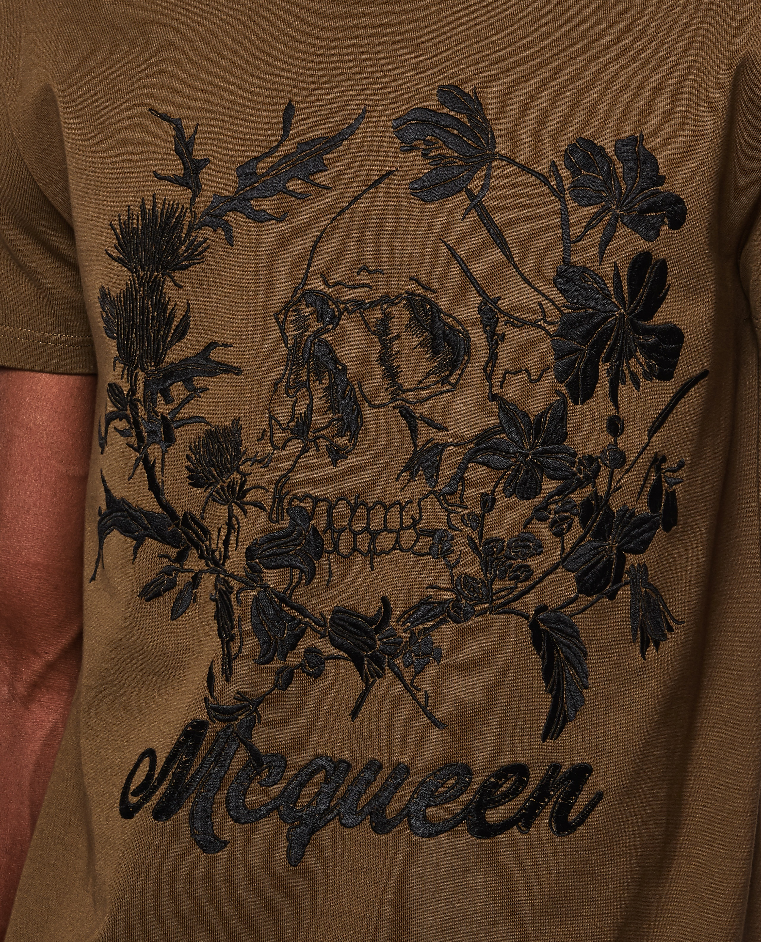T-shirt with floral pattern Men Alexander McQueen 000266370039314 3