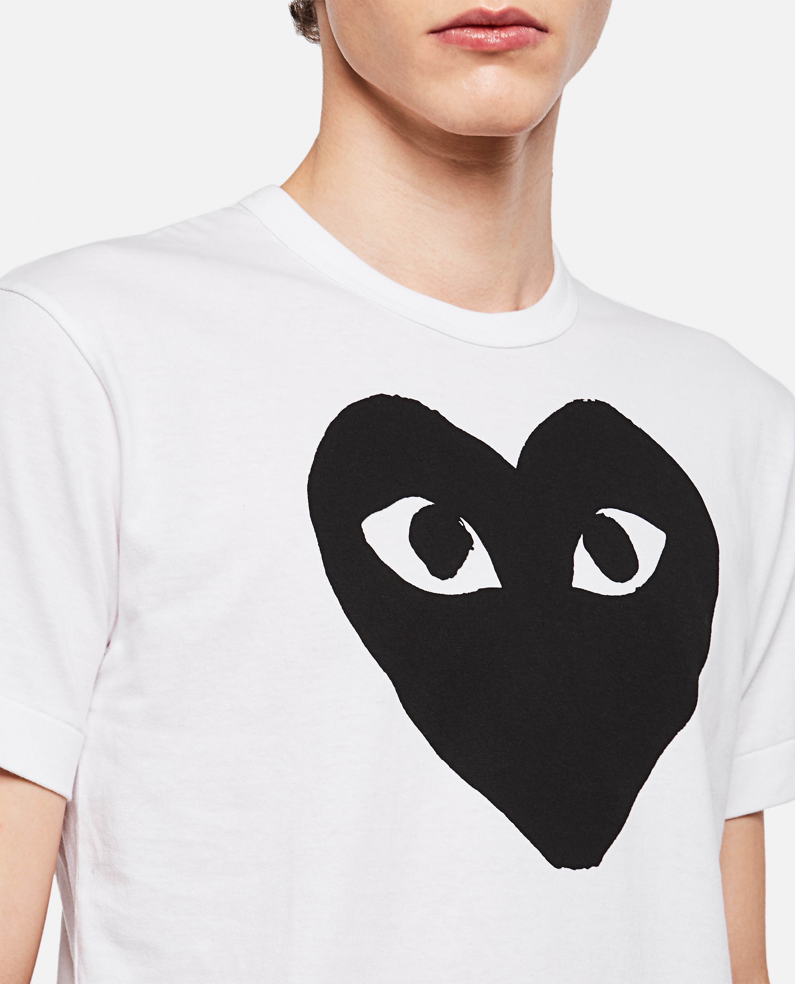 T-shirt with hearts print Men Comme des Garcons Play 000106990016295 4