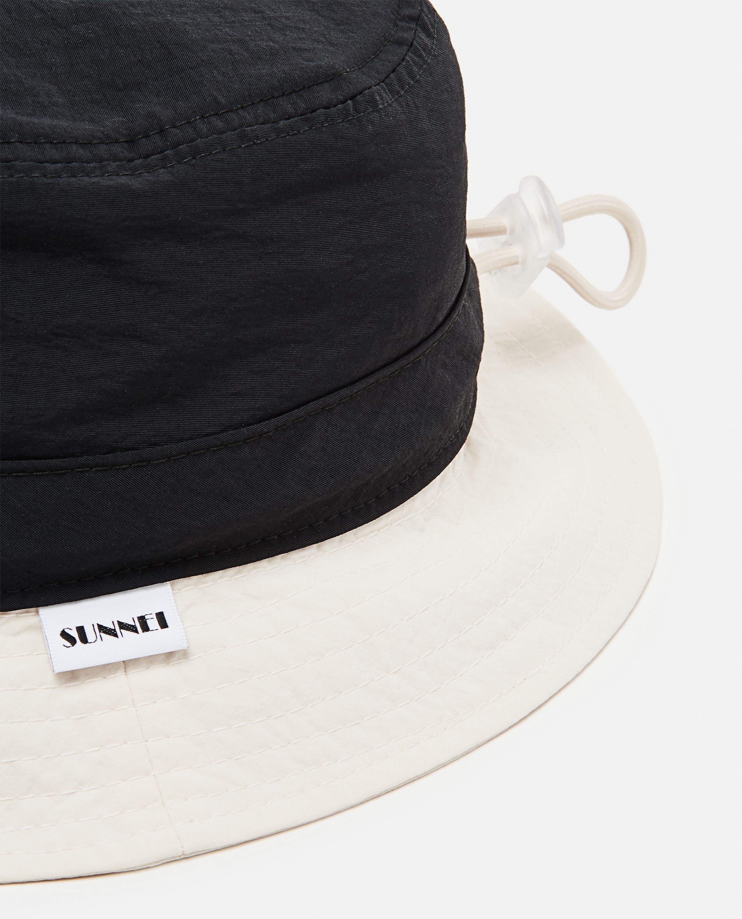 Cappello bucket in nylon  Uomo Sunnei x Biffi 000300190044133 2