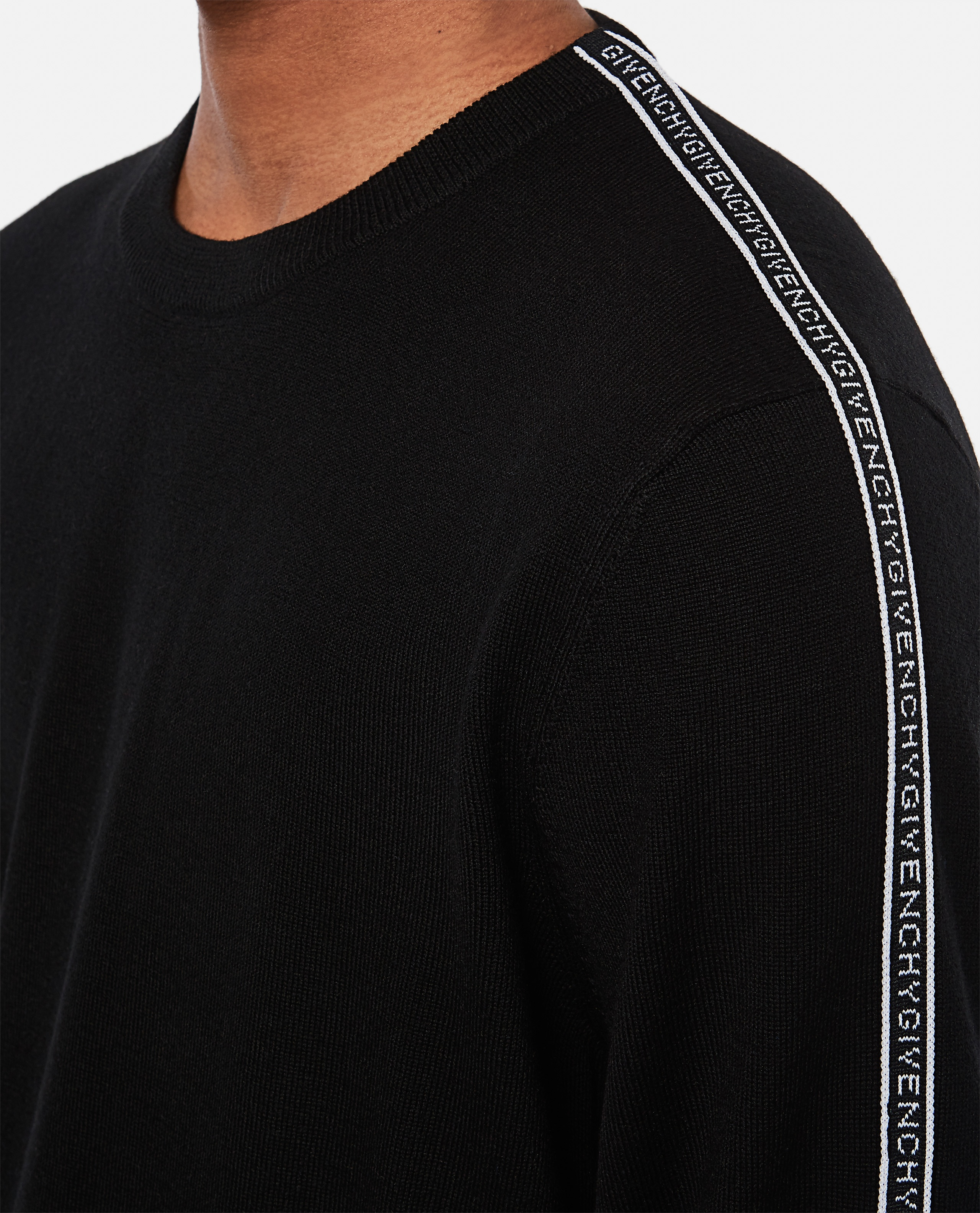 Wool pullover  Men Givenchy 000301980044345 4