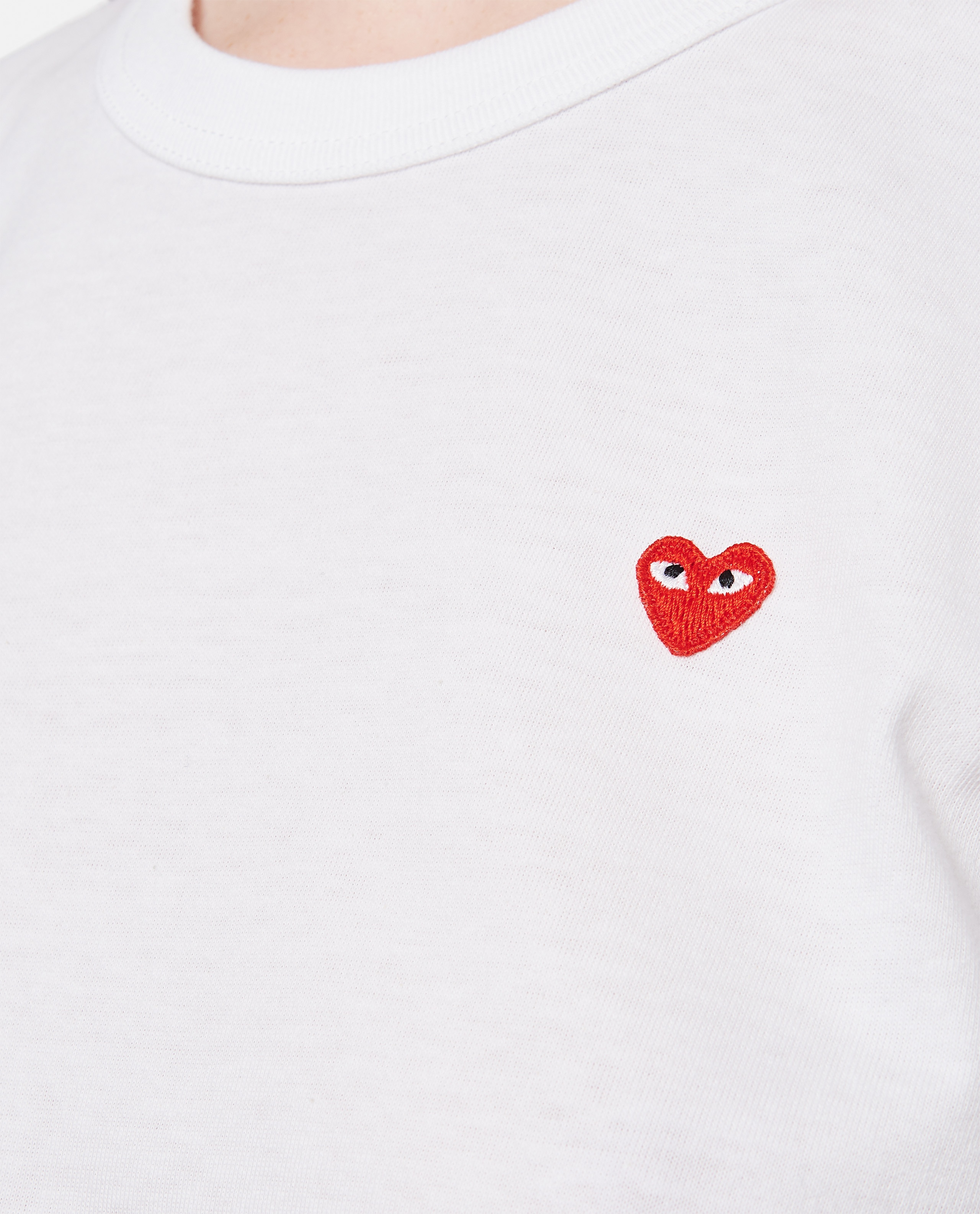 Cotton T-shirt with heart patch Women Comme des Garcons Play 000290210042738 4