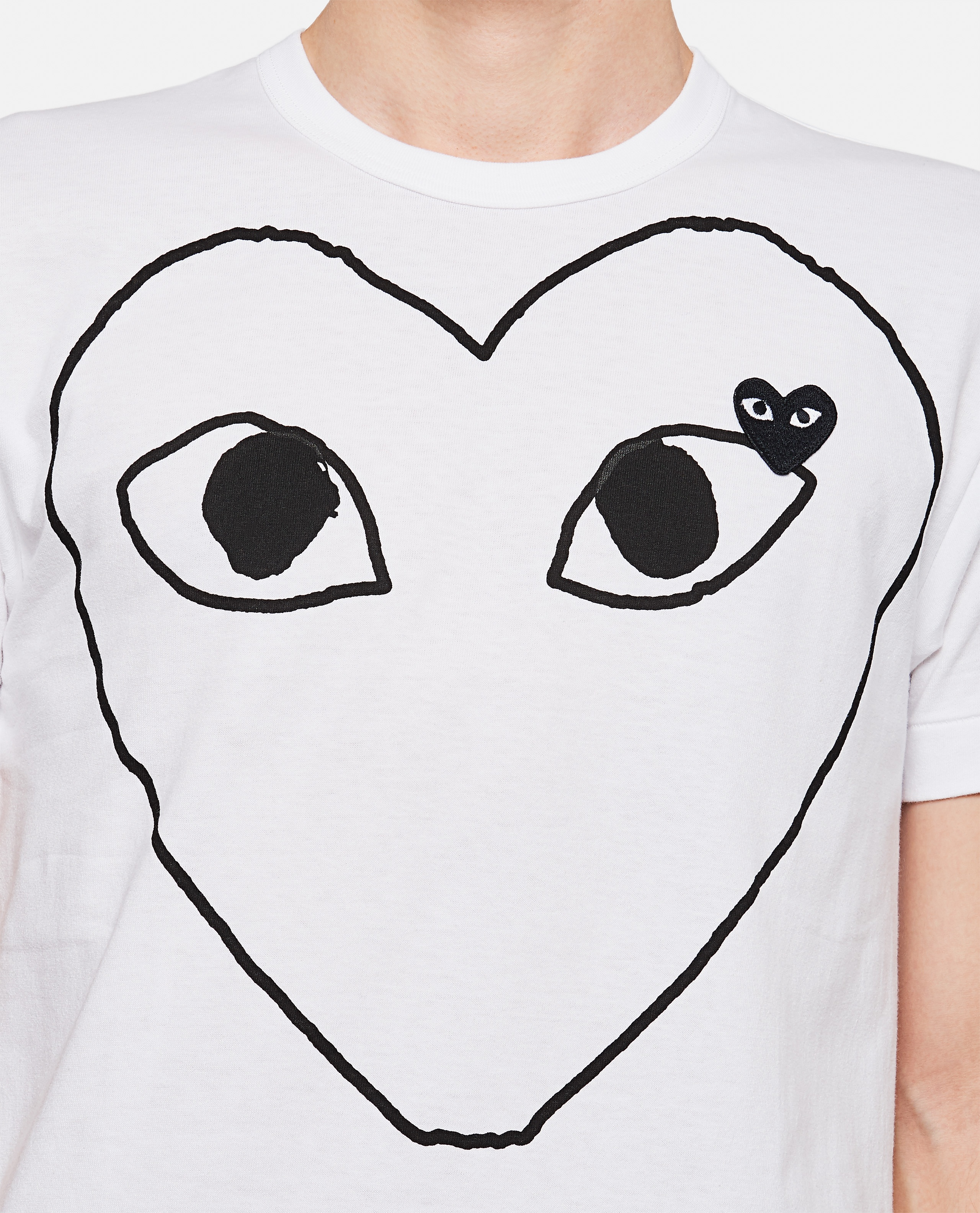 T-shirt with hearts print Men Comme des Garcons Play 000111430016898 4