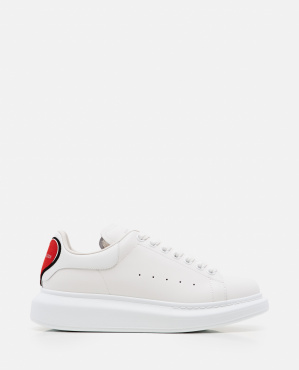 OVERSIZE SNEAKERS WITH HEART PATCH Women Alexander McQueen 000273510040287 1