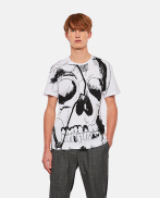 T-shirt with