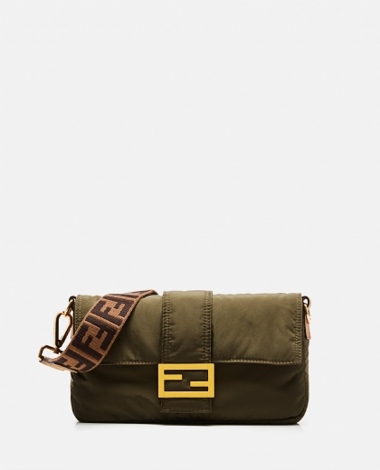 Baguette bag Men Fendi 000266890039387 1