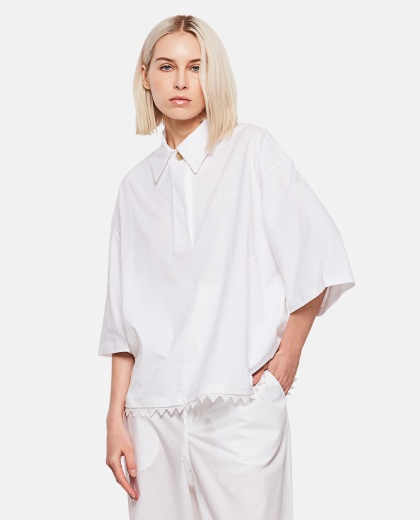 Poloneck top with white lace edges