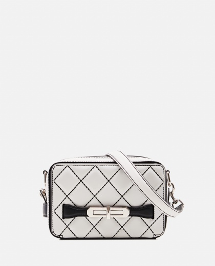 The Myth  matelassé nappa bag Women Alexander McQueen 000227180033566 1