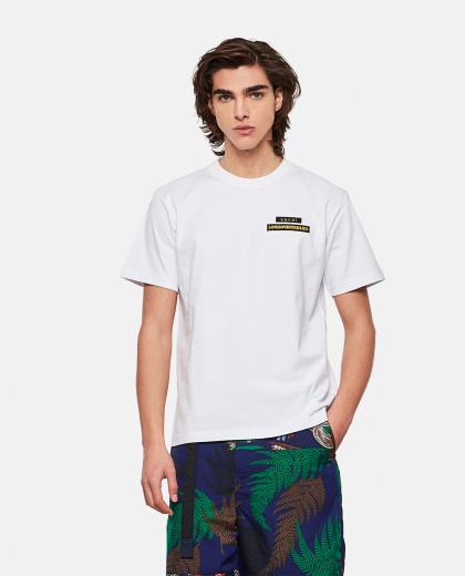 HANK WILLIS THOMAS x SACAI T-shirt Men Sacai 000301210044245 1