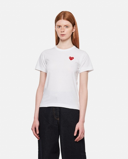 Cotton T-shirt with heart patch Women Comme des Garcons Play 000051340008976 1