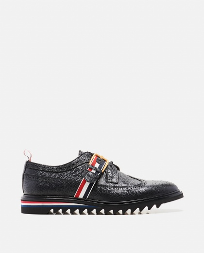 Hammered black leather shoe  Men Thom Browne 000197680029462 1