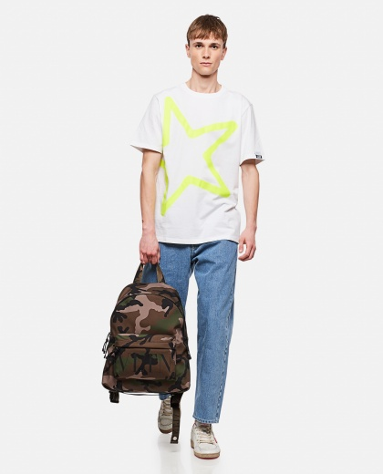 Adamo T-shirt with maxi star print Men Golden Goose 000292040043010 2