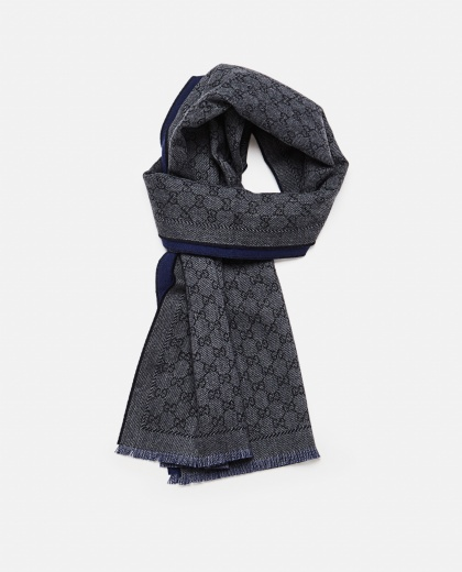 Wool scarf with GG jacquard motif