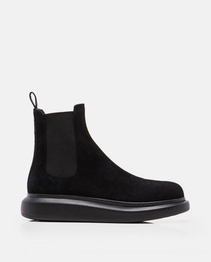Black Chelsea booties  Men Alexander McQueen 000215180031935 1