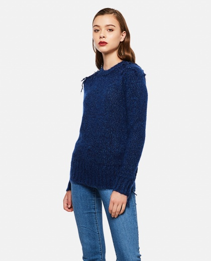 Frayed knitted sweater