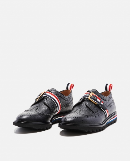 Hammered black leather shoe  Men Thom Browne 000197680029462 2